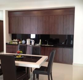 Dining-set-pantry